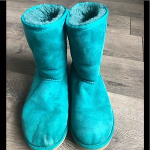 Ugg Girls Classic Short Boots Teal US 6